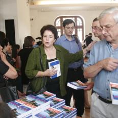 Laurie Dalton,Presentation dictionary-Tbilisi, 2006